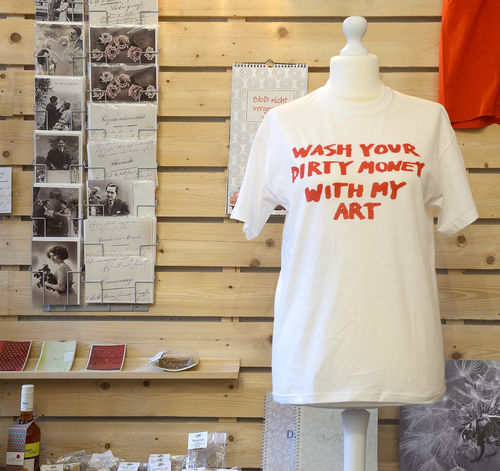 "T-Shirt ""Wash your dirty Money with my Art"", weiß"
